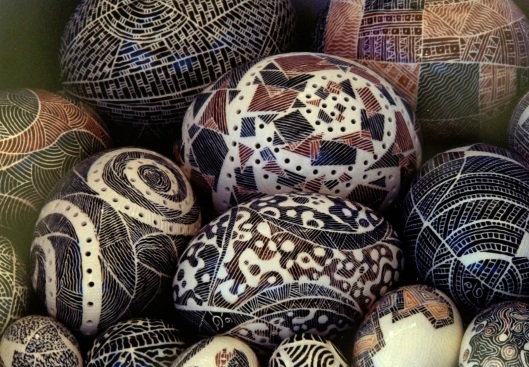 Sgraffito egg art.JPG